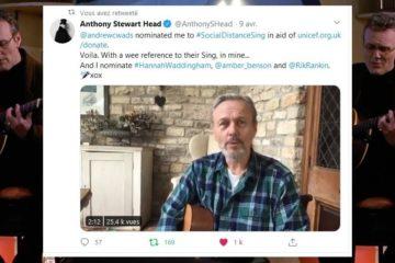 Anthony Stewart Head chante pour l'Unicef et lance à défis à Amber Benson